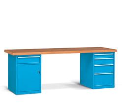 Pracovní stoly široké 2500 mm