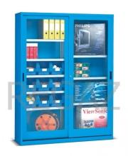 Skříň s posuvnými dveřmi s kontejnery