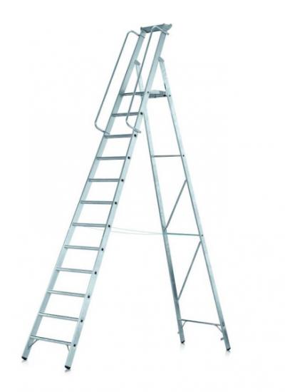 Stojací žebřík s bezpečnostní plošinou